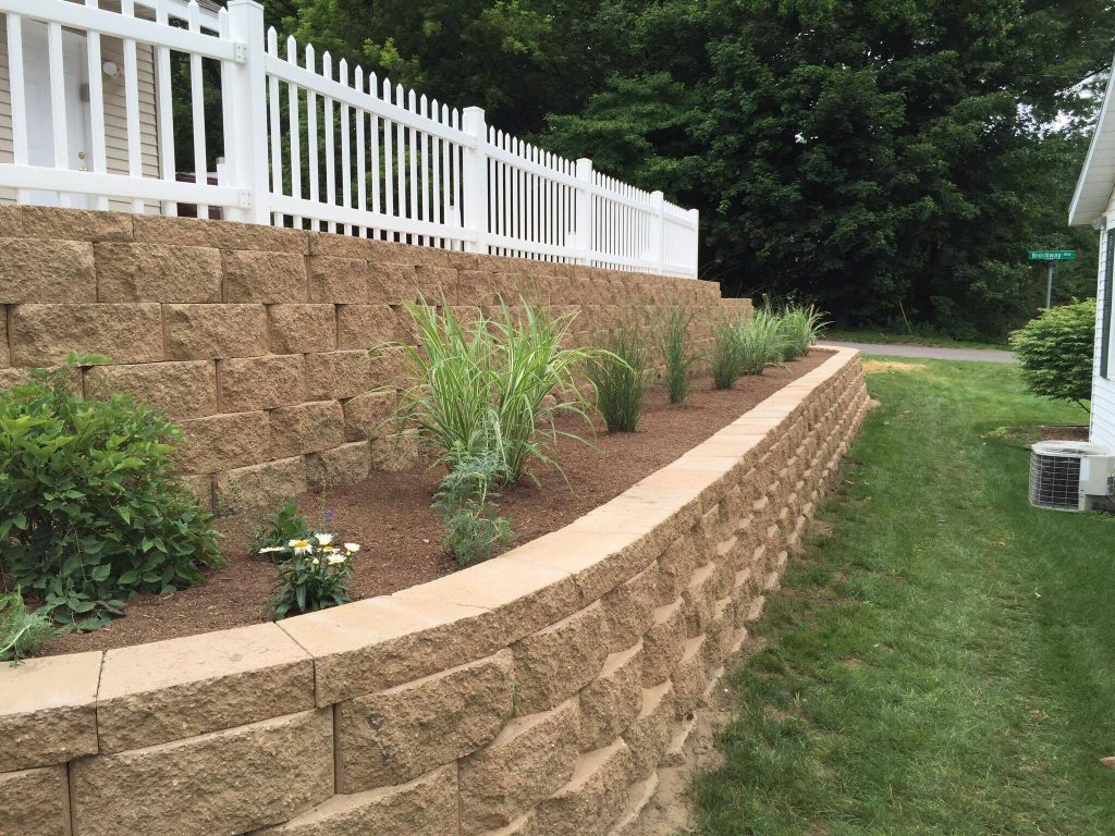 Interlocking Retaining Wall Davis Landscaping